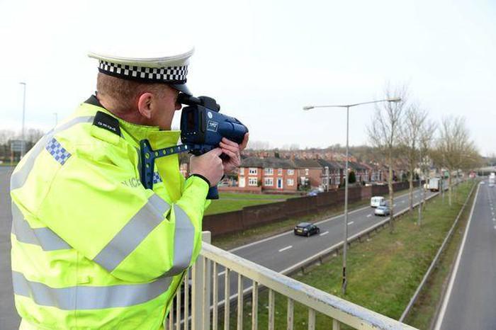 Google Maps thêm tính năng phát hiện khu vực có cảnh sát bắn tốc độ - Hình 1