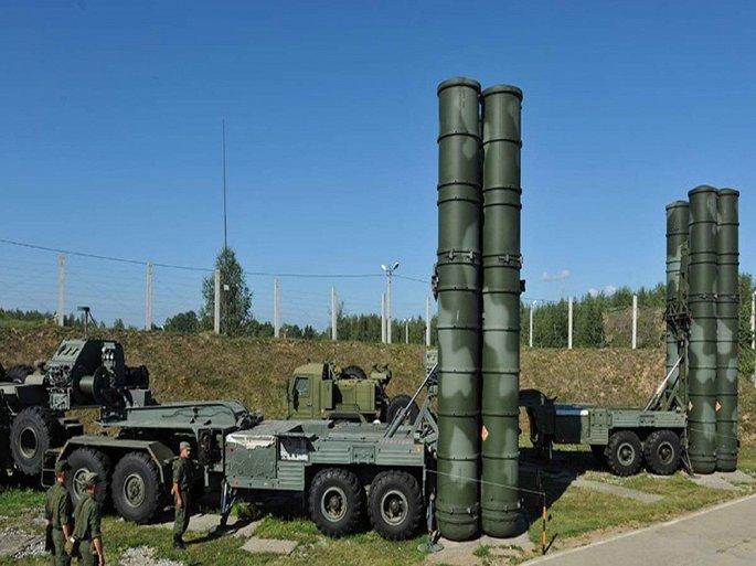 Khoảnh khắc S-400 của Nga tung hỏa lực 1 đòn diệt 8 mục tiêu di động - Hình 1