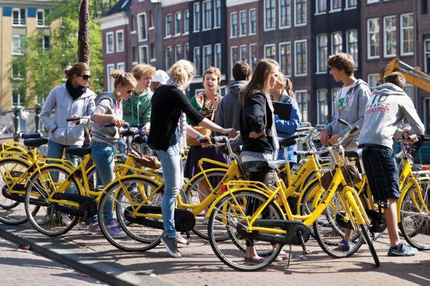 Người Hà Lan bảo vệ môi trường với văn hóa xe đạp - Hình 1