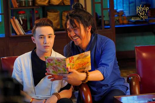 Phim điện ảnh Pháp sư mù là bộ phim Việt đầu tiên giới thiệu trọn vẹn thế giới cô hồn dã quỷ hoành tráng và đầy màu sắc - Hình 2