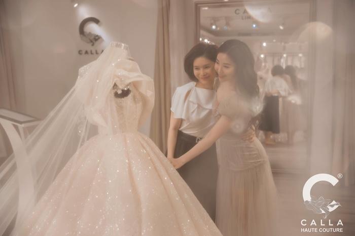 Bà tiên của những chiếc váy cưới và câu chuyện Calla Haute Couture với bước chuyển mình 19 năm - Hình 9