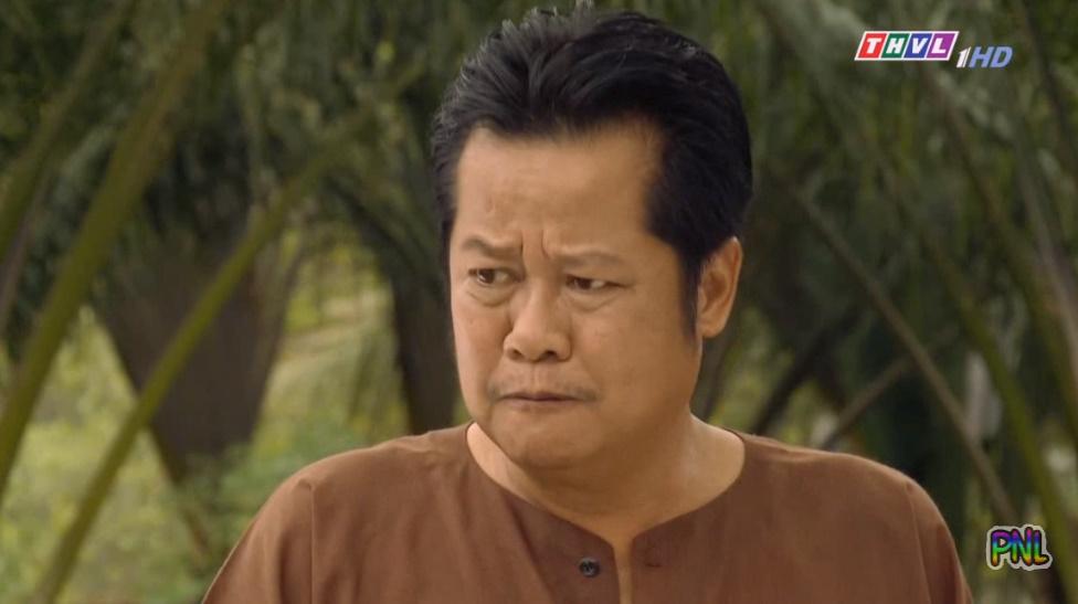 'Tiếng sét trong mưa' tập 43: Bà Bảy phát hiện bí mật của Thị Bình nhờ ông Quý hay hóng hớt - Hình 2