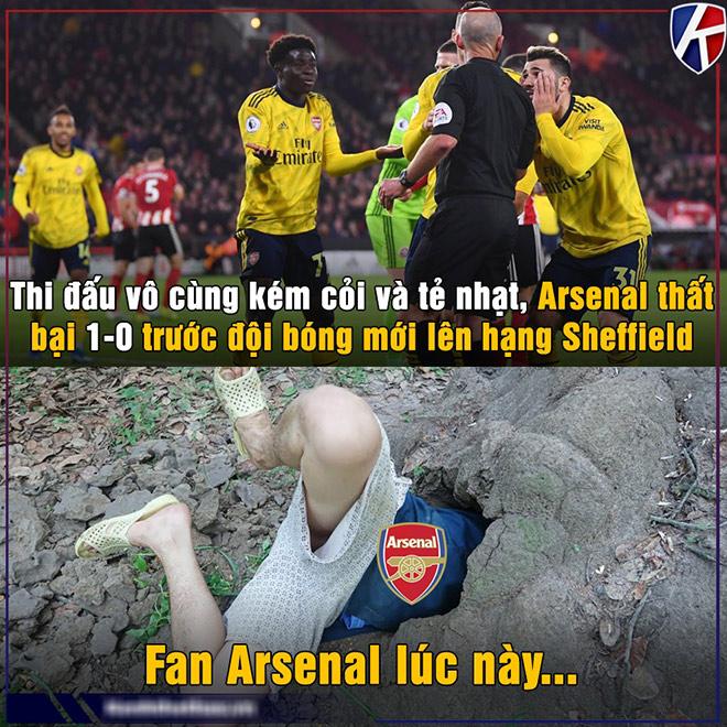Ảnh chế: Arsenal thua đội mới lên hạng, fan tìm hang trốn cùng MU - Hình 1
