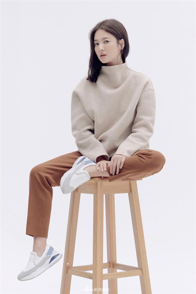 Cuộc sống đối lập của Song Joong Ki và Song Hye Kyo sau 4 tháng ly hôn - Hình 2