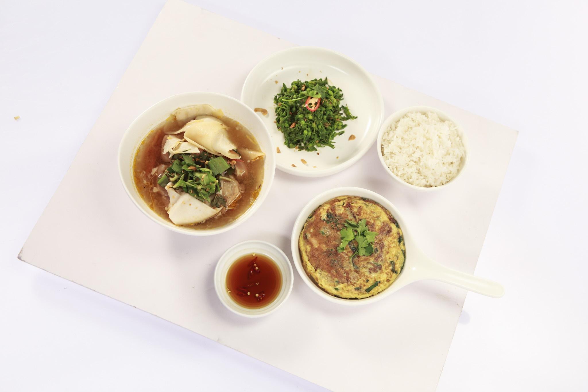 Món ăn yêu thương nấu cho người cha bị liệt đã khuất của chef Yến Nhi khiến Lý Nhã Kỳ bật khóc vì quá giống hoàn cảnh mình - Hình 5