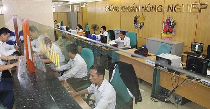 Nhận thế chấp 2,36 triệu cổ phiếu FTM, Chứng khoán Agribank báo lãi quý III giảm 32% - Hình 1