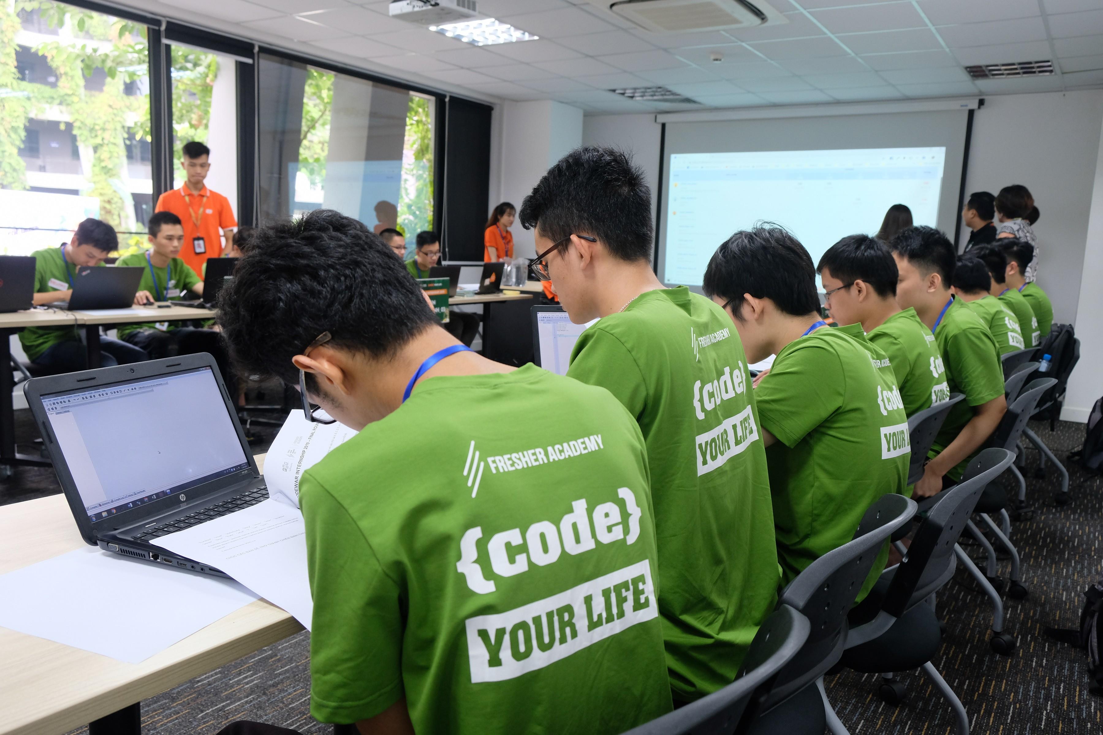 Sinh viên so tài tại sân chơi lập trình chuyên nghiệp lớn nhất nước - Hình 2