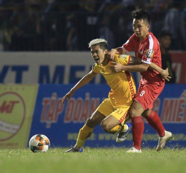 Vòng cuối V-League 2019: Vừa đá vừa nối mạng - Hình 1