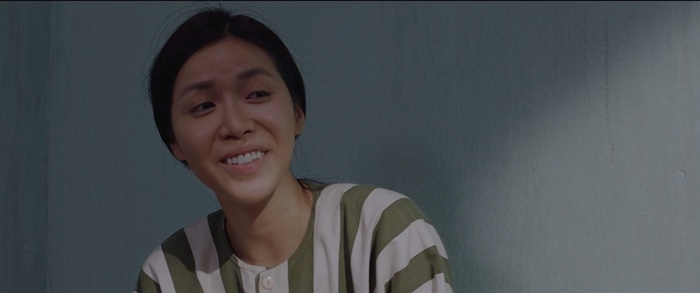 Phim Hoa hậu giang hồ tung trailer chính thức: Minh Tú mới ra tù đã đi thi nhan sắc, xử luôn Cao Thiên Trang hay cà khịa - Hình 1