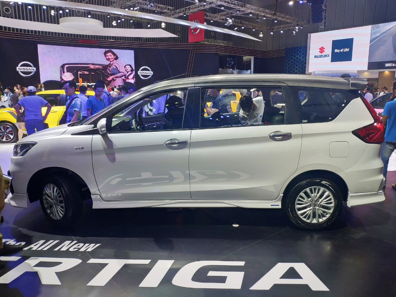 Vietnam Motor Show 2019: Cùng dòng MPV giá rẻ, Ertiga và Xpander có kẻ tám lạng - người nửa cân? - Hình 1