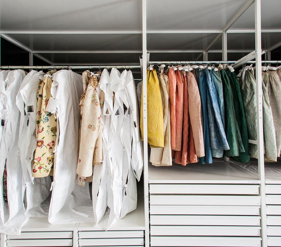 Cập nhật ngay bí quyết bảo quản quần áo từ chất liệu khó nhằn - Hình 6