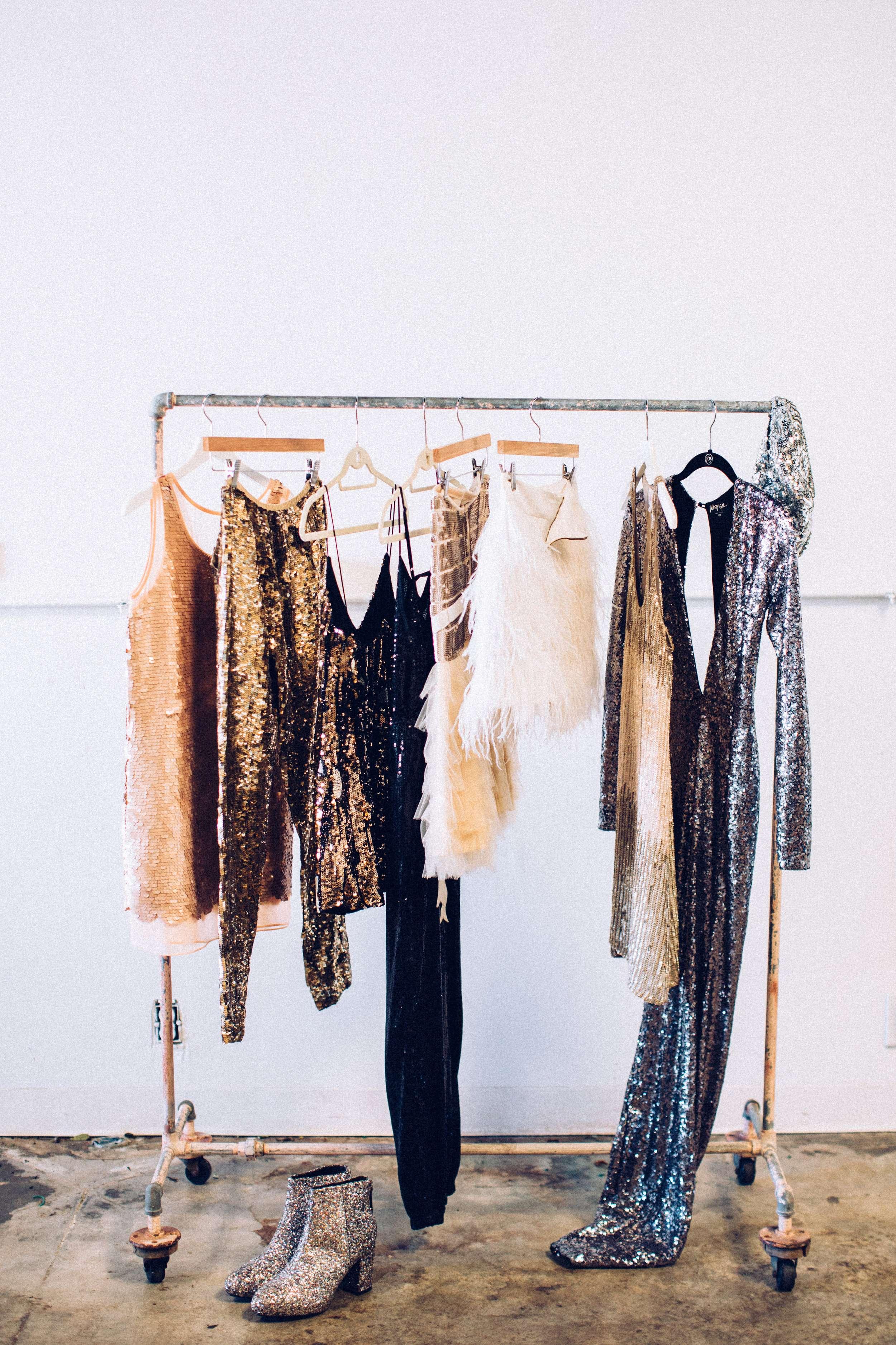 Cập nhật ngay bí quyết bảo quản quần áo từ chất liệu khó nhằn - Hình 11