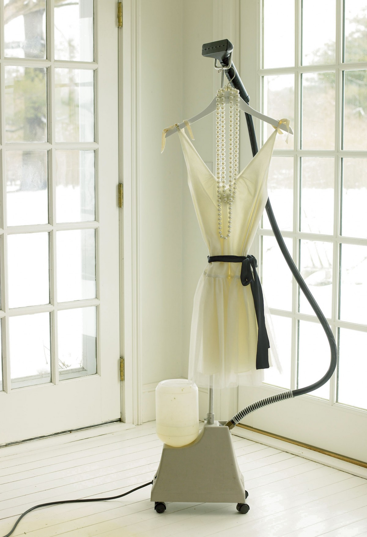 Cập nhật ngay bí quyết bảo quản quần áo từ chất liệu khó nhằn - Hình 9