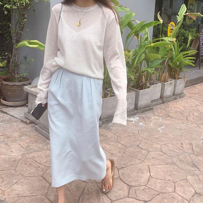 Cẩm nang mix đồ với chân váy dài: 8 công thức giúp bạn lên hương phong cách, ngày nào cũng được khen mặc đẹp - Hình 24