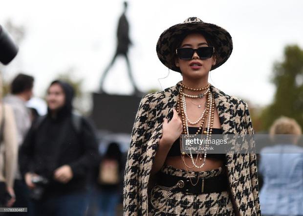 Diện toàn đồ hiệu chất, Rich Kid Tiên Nguyễn khiến Paris Fashion Week sửng sốt - Hình 10