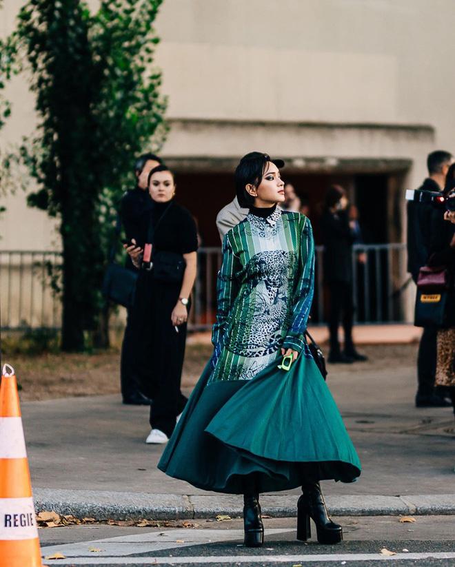 4 mỹ nhân Việt tại chuỗi Fashion Week Xuân/Hè 2020: người biến hóa xuất sắc, người đơn giản thanh lịch - Hình 1