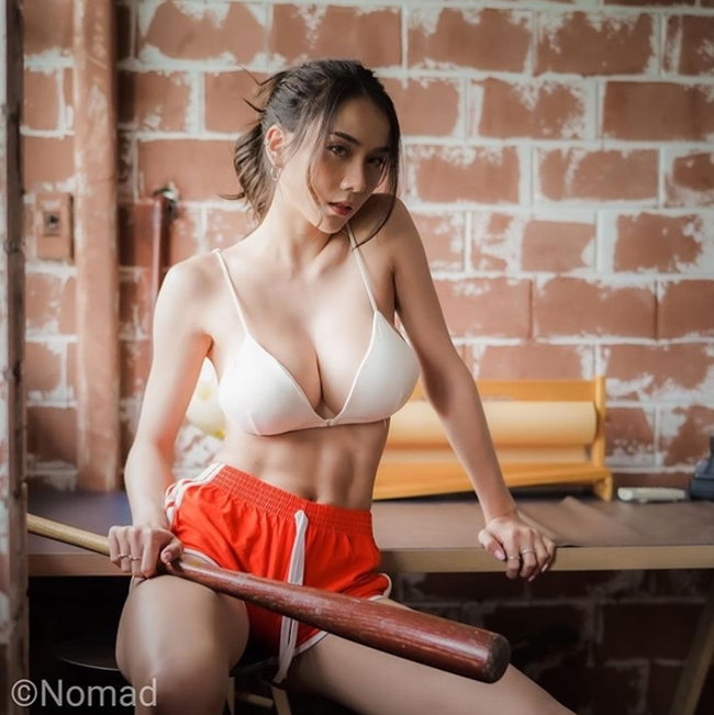 Gái Thái Lan giờ không đẹp yếu liễu đào tơ mà cơ bắp đầy sức mạnh - Hình 8