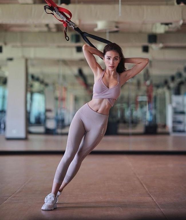 Gái Thái Lan giờ không đẹp yếu liễu đào tơ mà cơ bắp đầy sức mạnh - Hình 14