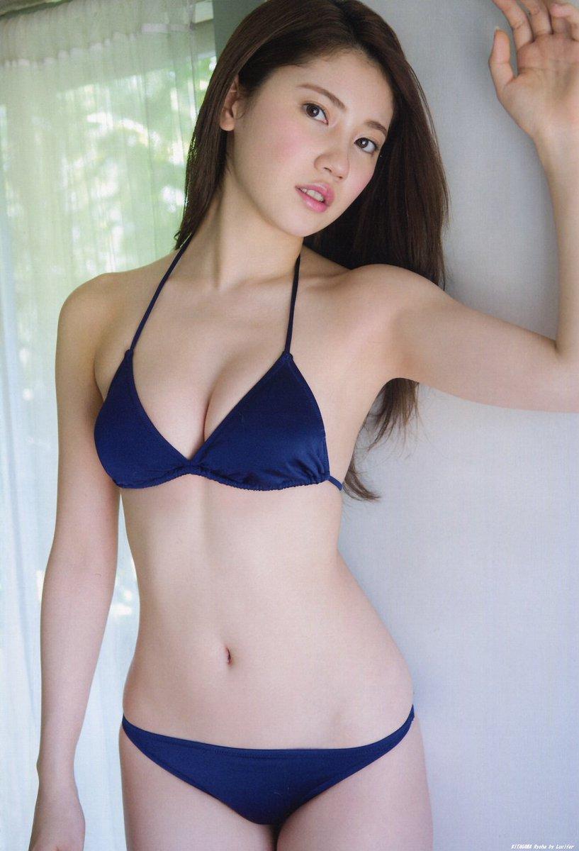 Mê mẩn vẻ gợi cảm ngọc nữ tinh khiết nhất Nhật Bản - Hình 1