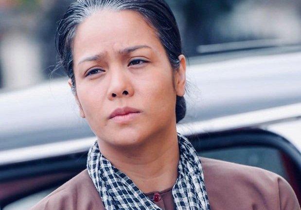 'Tiếng Sét Trong Mưa': Nhật Kim Anh bức xúc khi bị chê hóa trang quá lố 40 tuổi mà như 60 - Hình 2