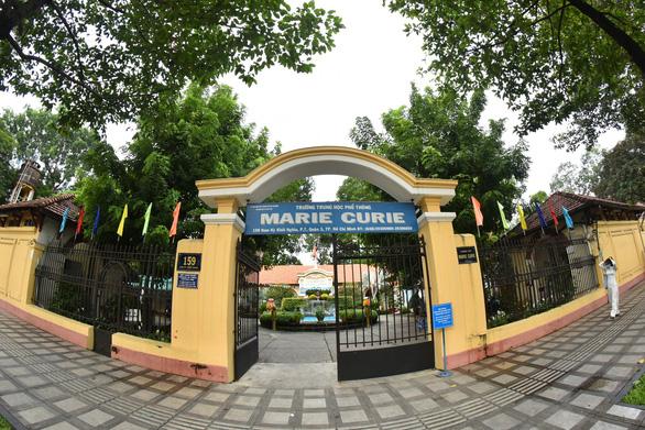 Hé lộ nguyên nhân 2 học sinh trường THPT Marie Curie bị chém - Hình 1