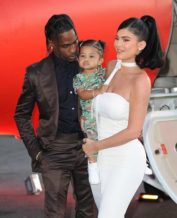 Kylie Jenner phủ nhận tái hợp rapper gốc Việt - Hình 2