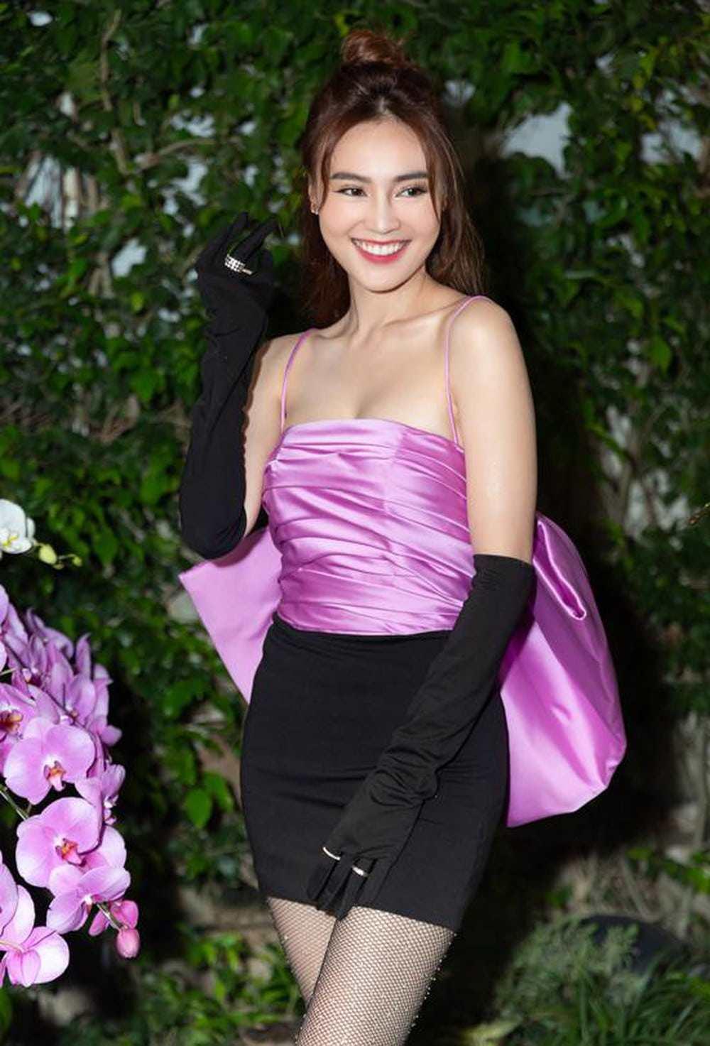Bị coi là gam màu sến sẩm, vậy mà mỹ nhân Việt vẫn đua nhau lên đồ cùng sắc tím - Hình 2