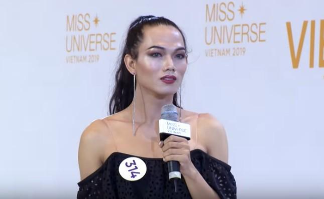 Choáng với thí sinh chuyển giới thi hết Hoa hậu Hoàn vũ lại đến Next Top Model - Hình 2
