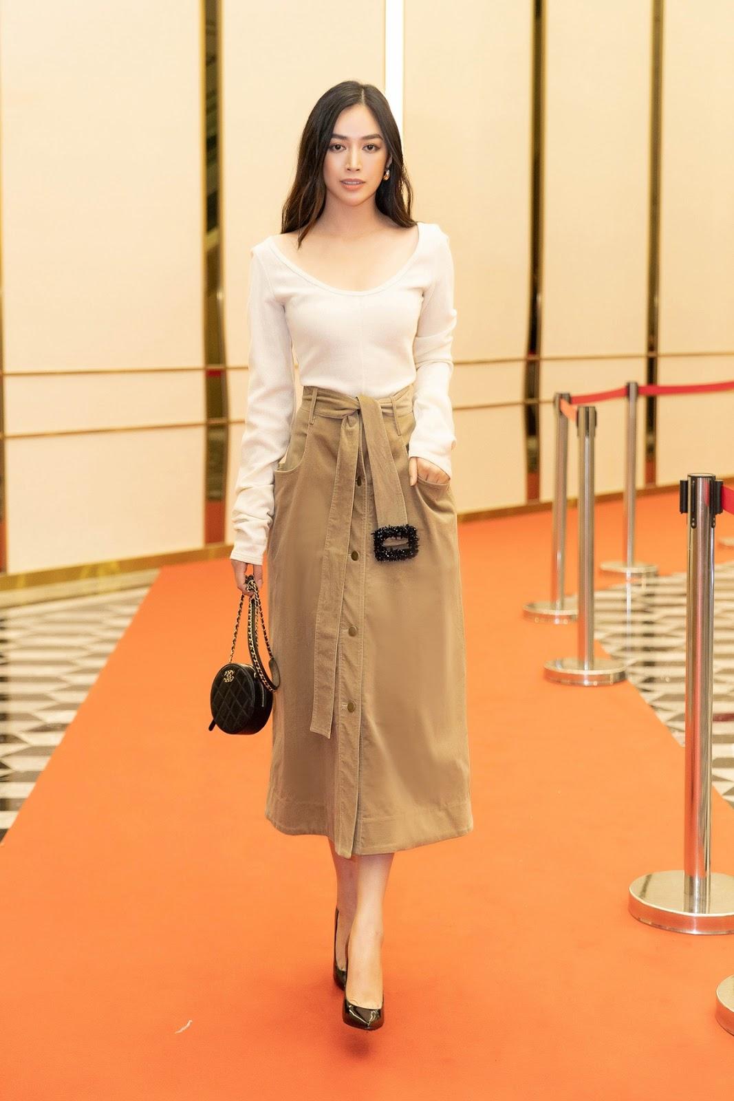 Diễn viên Mai Thanh Hà phong cách khi diện váy Lâm Gia Khang - Hình 11