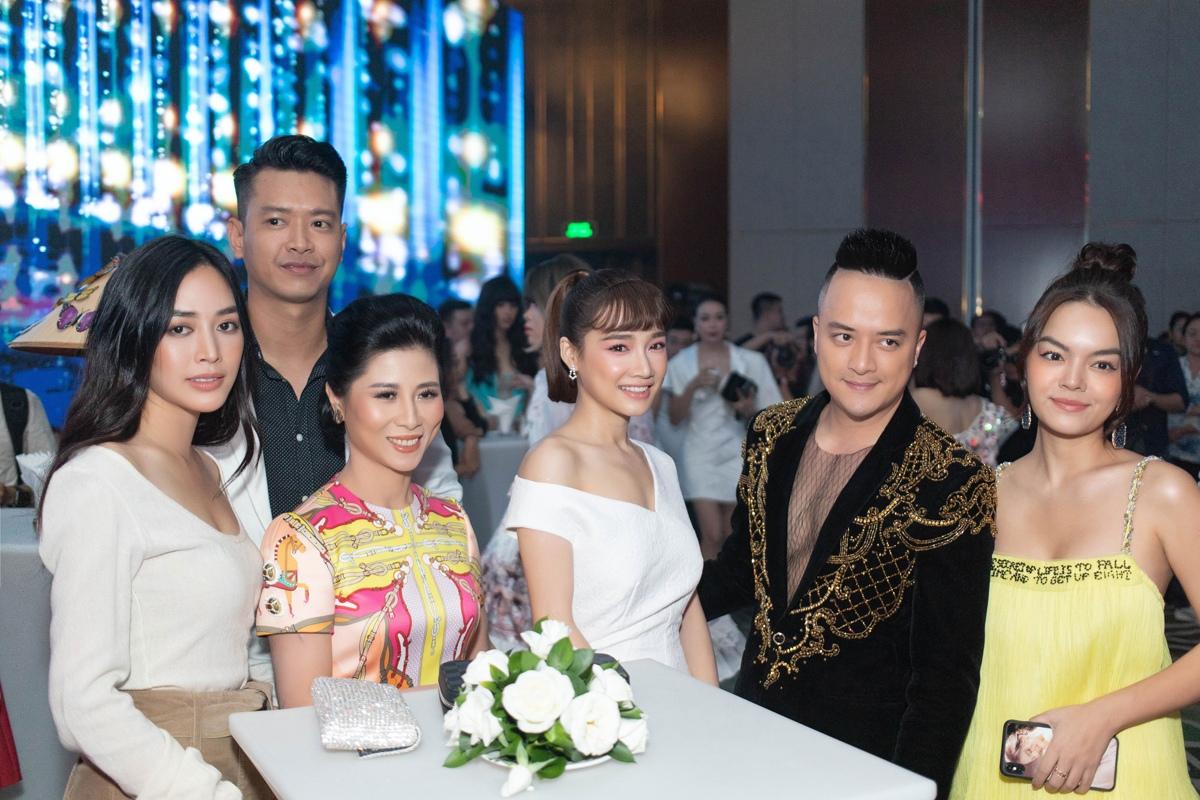 Diễn viên Mai Thanh Hà phong cách khi diện váy Lâm Gia Khang - Hình 18
