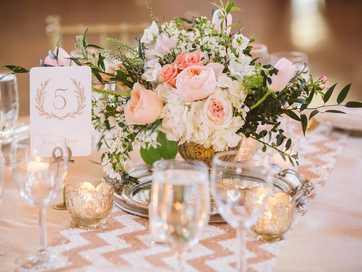 Gợi ý 6 loại hoa cô dâu, chú rể nên lựa chọn trong ngày cưới - Hình 2