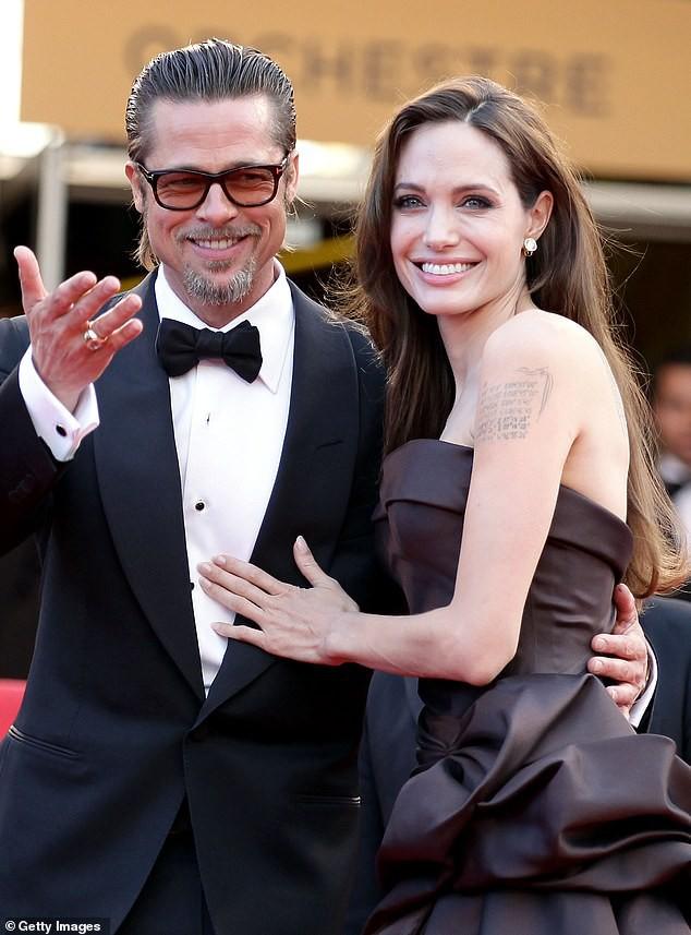 Liên tục tiết lộ cảm xúc về vụ ly hôn thế kỷ, Angelina Jolie bị bóc mẽ dùng chiêu trò chiếm spotlight của Brad Pitt? - Hình 1