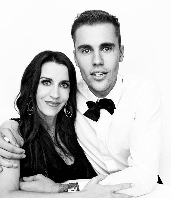 Mẹ Bieber: Con trai tốt số mới cưới được Hailey - Hình 1