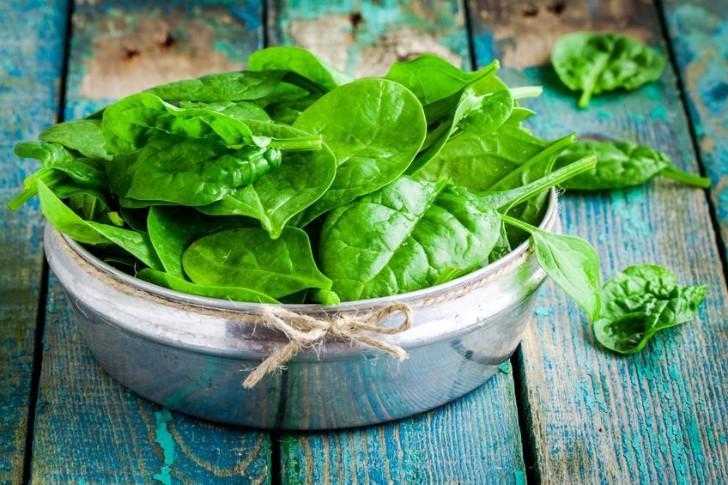 Những lý do nên ăn rau lá xanh - Hình 2