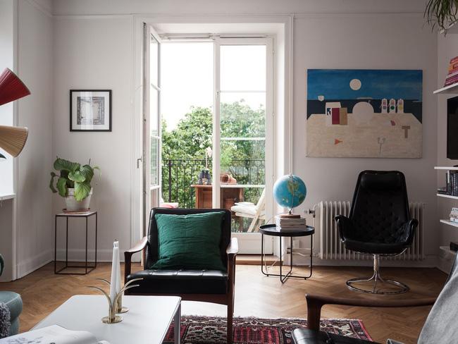 Căn hộ rộng 75m² được trang trí với sắc màu tươi vui, mát mắt quá đỗi phù hợp cho nhà có trẻ nhỏ - Hình 2