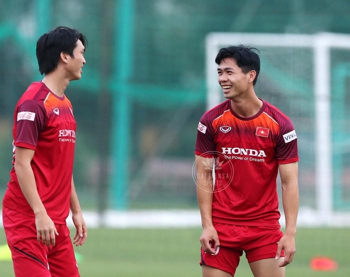 Chuyên gia Fox Sport: ĐT Việt Nam sẽ thắng Malaysia với tỉ số 2-1 - Hình 1