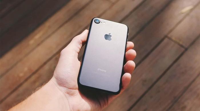 iPhone SE2 sẽ thúc đẩy doanh số iPhone tăng 10% so với cùng kỳ - Hình 1