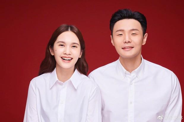 Lần đầu chia sẻ về cuộc sống sau khi kết hôn, Dương Thừa Lâm gây ngạc nhiên khi tiết lộ về mối quan hệ hiện giờ với ông xã Lý Vinh Hạo - Hình 2