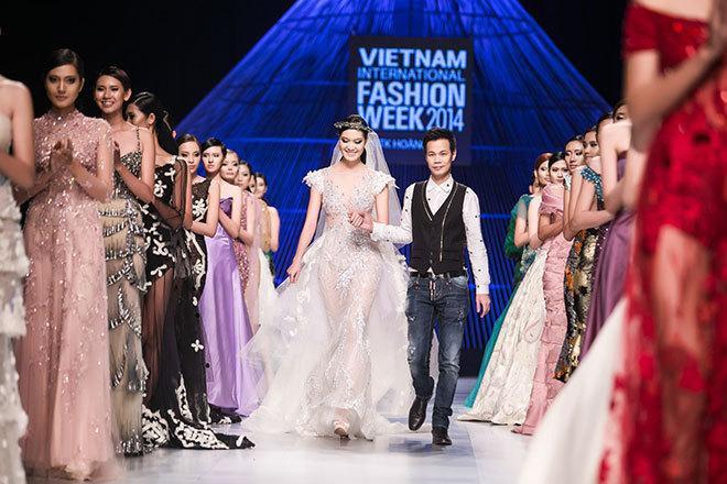 NTK Hoàng Hải mở màn Tuần lễ Thời trang Quốc tế Việt Nam Thu Đông 2019 - Hình 2
