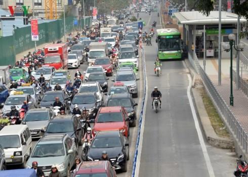 Phân làn cho xe buýt: Lợi bất cập hại, thất bại cao hơn thành công - Hình 4