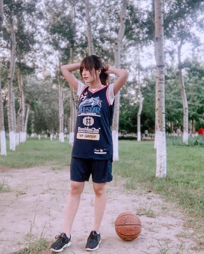 9X lai hai dòng máu được mệnh danh nữ thần bóng rổ Malaysia - Hình 5