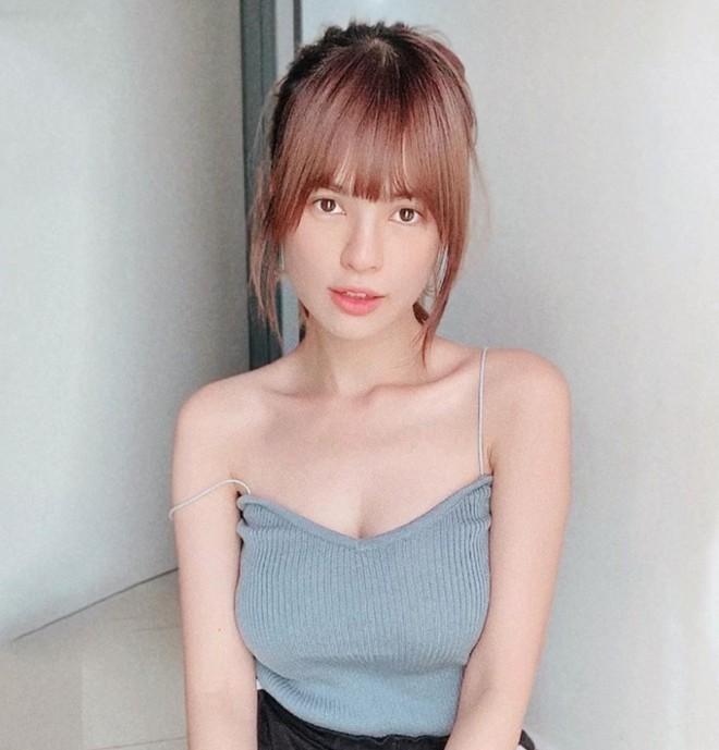 9X lai hai dòng máu được mệnh danh nữ thần bóng rổ Malaysia - Hình 2