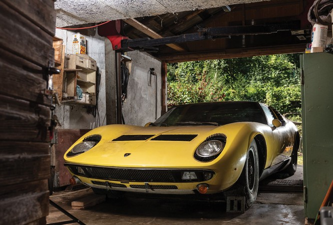 Điều gì khiến chiếc Lamborghini Miura gần 50 năm tuổi giá 1,6 triệu USD? - Hình 1