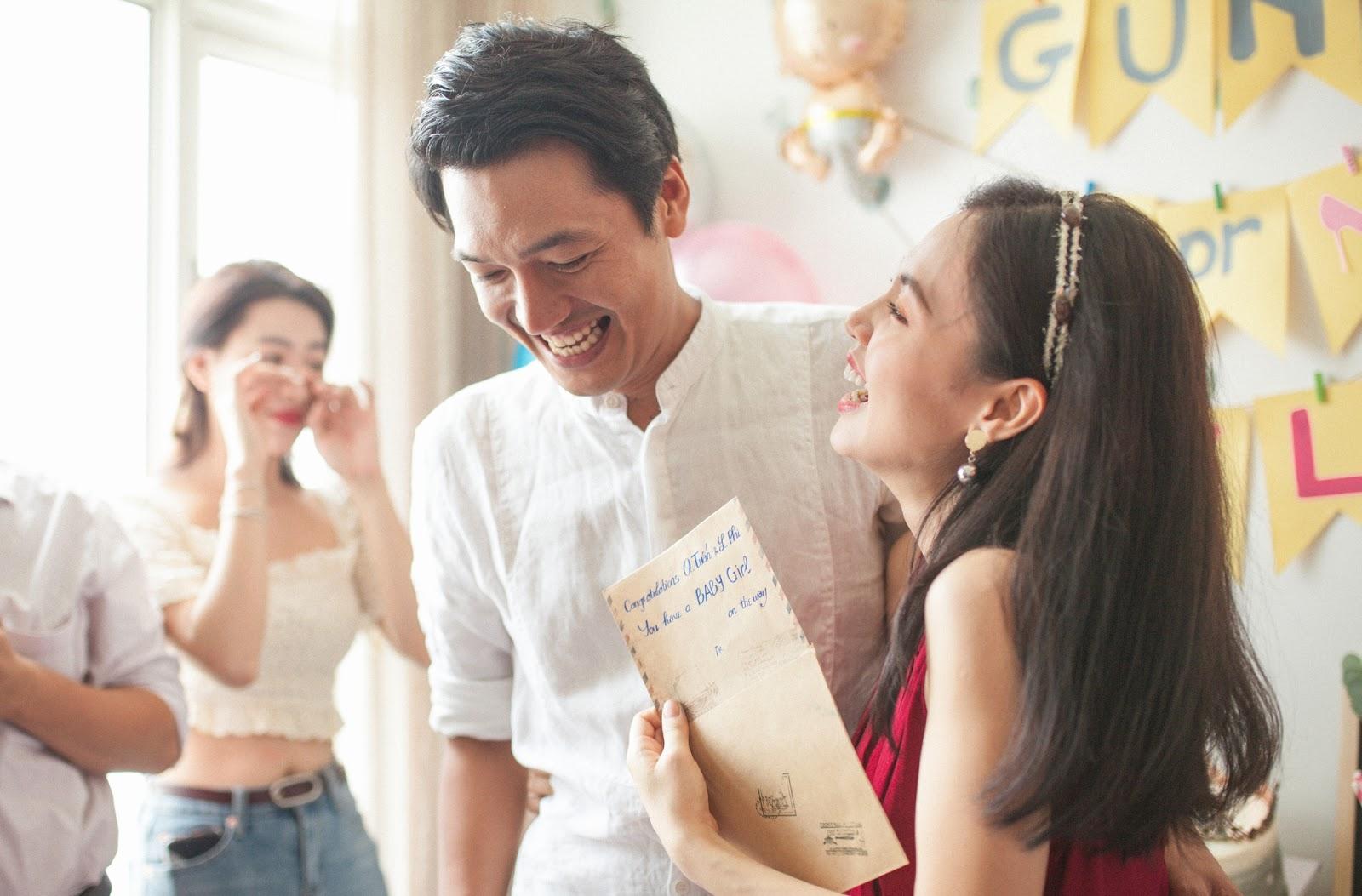 Quang Tuấn - Linh Phi công bố giới tính con đầu lòng, Diệu Nhi, Hữu Tiên, Puka tới chúc mừng - Hình 5