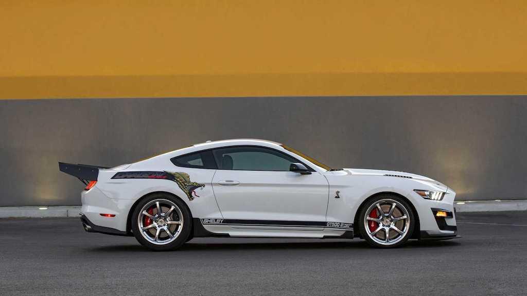 Vốn đã mạnh mẽ, hổ mang chúa Ford Mustang GT500 nay còn hoá rồng đả bại siêu xe! - Hình 2