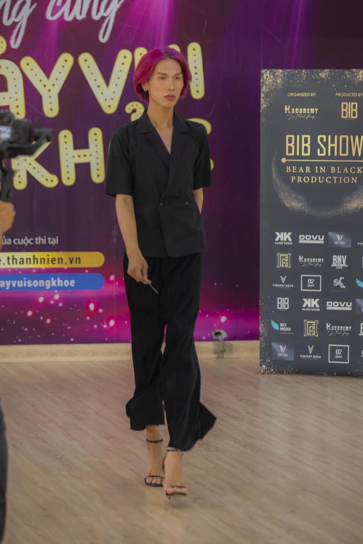 Đông đảo người mẫu chuyển giới, LGBT đến casting cho show thời trang của Lại Thanh Hương - Hình 8