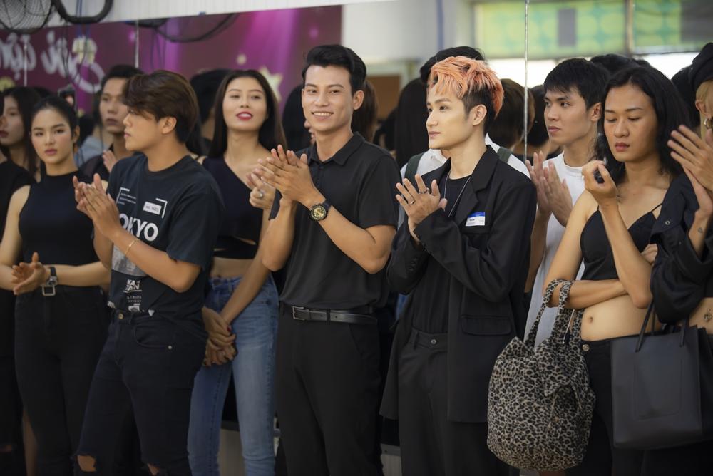 Đông đảo người mẫu chuyển giới, LGBT đến casting cho show thời trang của Lại Thanh Hương - Hình 1