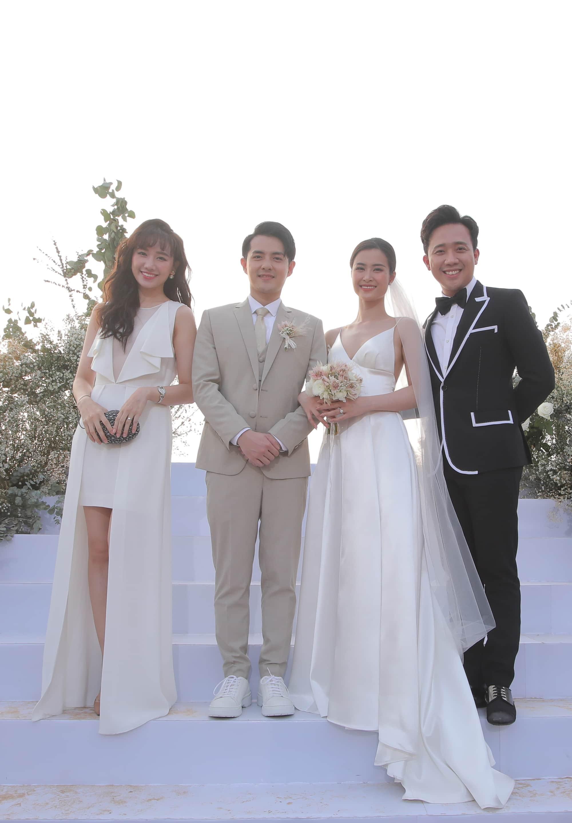 Lộng lẫy dự đám cưới Đông Nhi, Minh Hằng và bà xã Đăng Khôi đụng hàng 1 chiếc túi - Hình 1