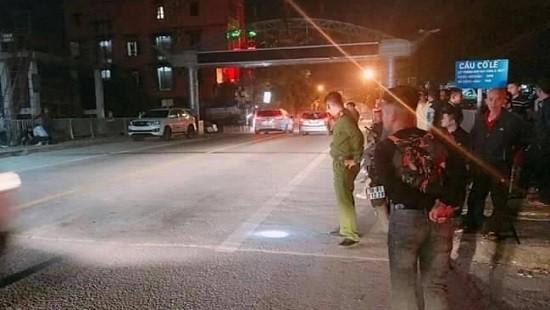 Nạn nhân bị thương trong vụ nổ súng ở Nam Định đã tỉnh táo, nói chuyện được - Hình 1