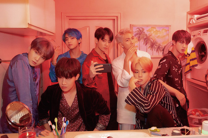 Big Hit bị netizen chỉ trích nặng nề vì so sánh TXT vượt trội hơn BTS - Hình 3